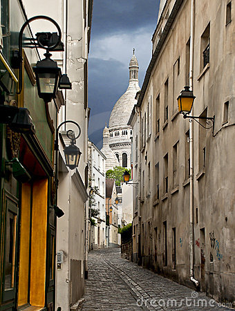Narrow street near Montmartre, Paris