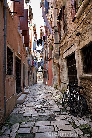 Free Narrow Street Of Rovinj Royalty Free Stock Image - 14628926