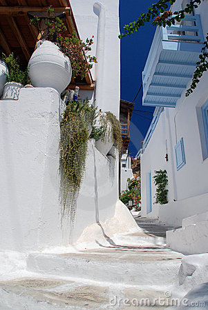 The narrow streets on the island of Mykonos