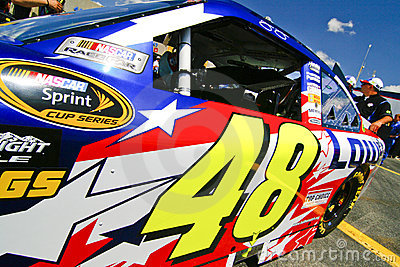 NASCAR - 4 cronometram o campeão #48 do copo de Sprint Foto Editorial