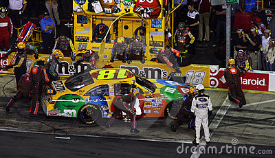 NASCAR - Kyle s Pit Crew in Action! Editorial Photo