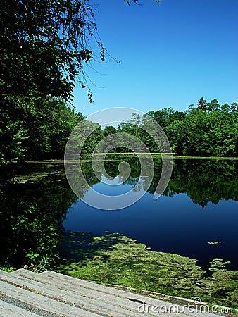 Nashawannuck Pond