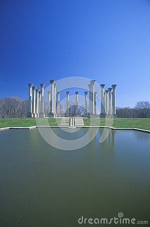 National Capitol Columns