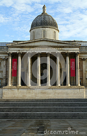 The National Gallery in the early morning light Editorial Stock Image