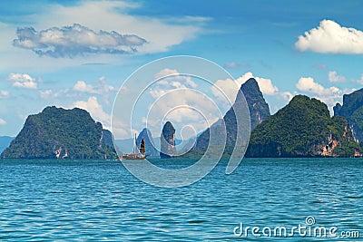 Nationalpark på den Phang Nga fjärden i Thailand