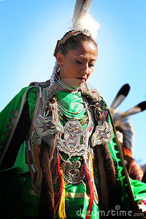 Native American Dancers Editorial Stock Image