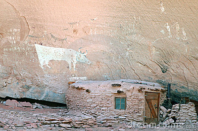 Native American dwelling in Canyon De Chelly