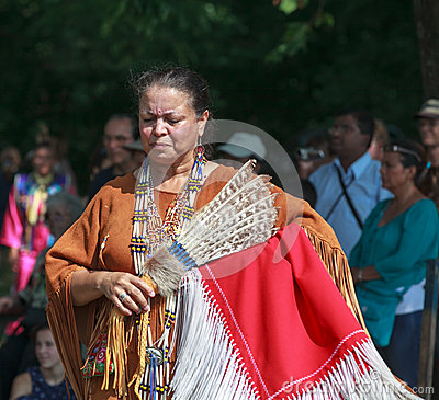 Free Native American Indian Woman Royalty Free Stock Photography - 26517077