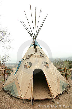 Free Native American Tepee Royalty Free Stock Images - 14997709