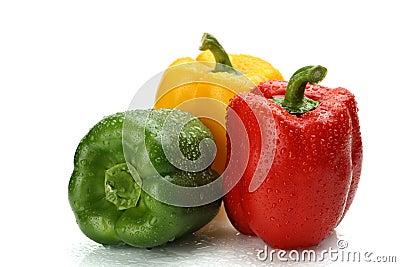 Natte groene paprika s