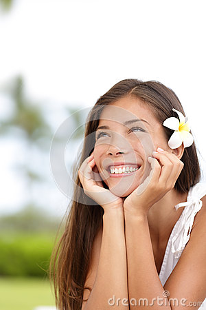 Free Natural Girl Smiling And Daydreaming Happy Cute Stock Photo - 31358390