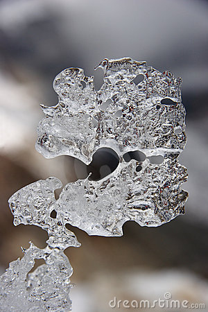 Natural ice shape resembling question sign