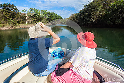 Nature Lovers Hats Ladies Boat Waters