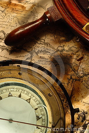 Free Nautical Compass And Wheel Stock Image - 6321071