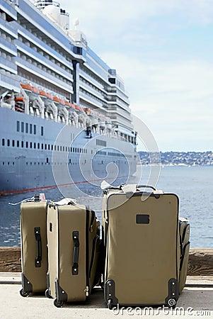Navigação da bagagem em um navio de cruzeiros