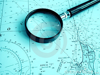 Navigation chart with magnifier