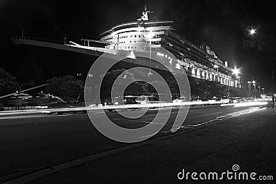 Navio de cruzeiros de Queen Mary 2 em Sydney, Austrália Foto de Stock Editorial