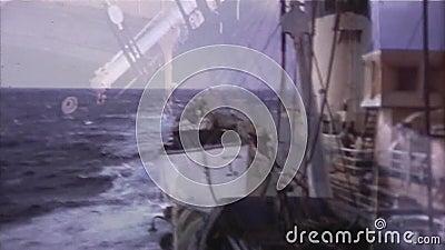 Navio de Front And Back View From - vintage 8mm video estoque