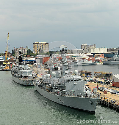 Navios de guerra britânicos Fotografia Editorial