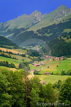 Free Near Gruyeres, Canton Of Fribourg, Switzerland Royalty Free Stock Photography - 6018777