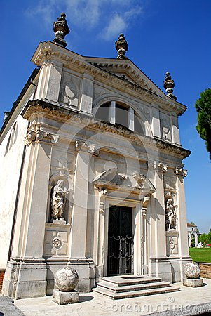 Free Nearby Church To City Hall Limerick In The Province Of Padua In Veneto (Italy) Stock Photography - 71095072