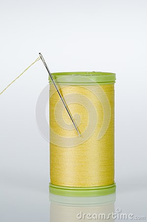 Needle and thread - Yellow
