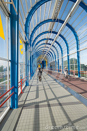 Free Nelson Mandela Bridge Trainstation Zoetermeer Stock Photography - 41818682