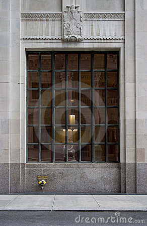 Free Neoclassical Grid Window Royalty Free Stock Photography - 733387