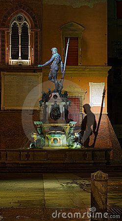 Free Neptune Fountain By Night Royalty Free Stock Photography - 3523237