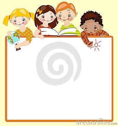 Nette Kinder lesen und zeichnen.