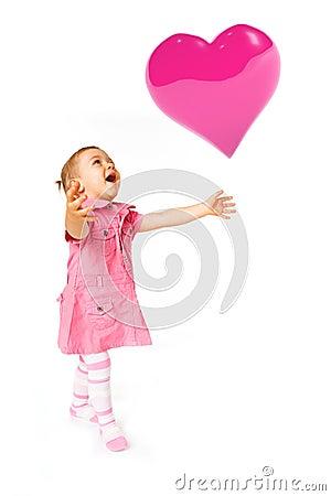 Nettes Schätzchen mit Ballon