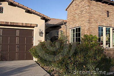New desert golf course home front entrance