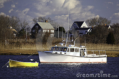 New England Fishing Boat, Dory, Houses