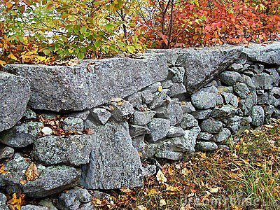 New England stonewall.