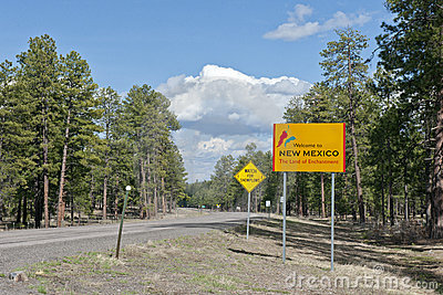 New Mexico state line sign