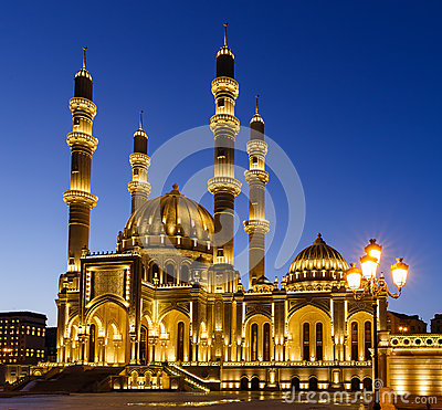 Free New Mosque In Baku Royalty Free Stock Photo - 49315365