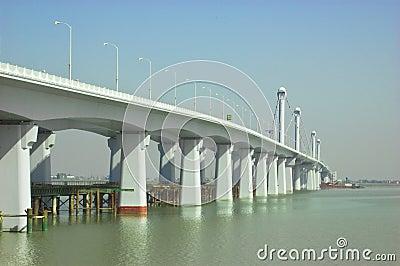 The new steel bridge