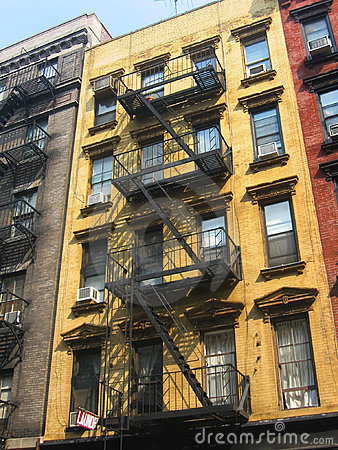 Free New York City Apartment Buildings Royalty Free Stock Photography - 606197