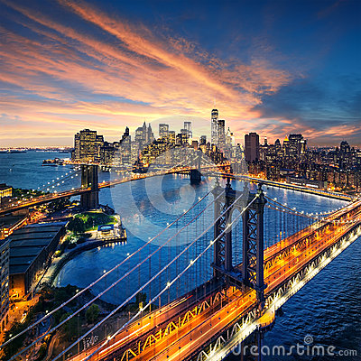 Free New York City - Beautiful Sunset Over Manhattan With Manhattan And Brooklyn Bridge Royalty Free Stock Images - 45329649