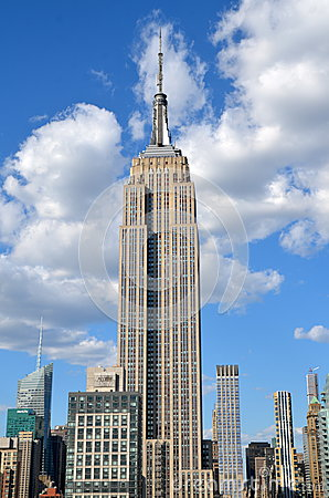 Free New York City Manhattan Midtown View With Empire State Building Royalty Free Stock Images - 53511459