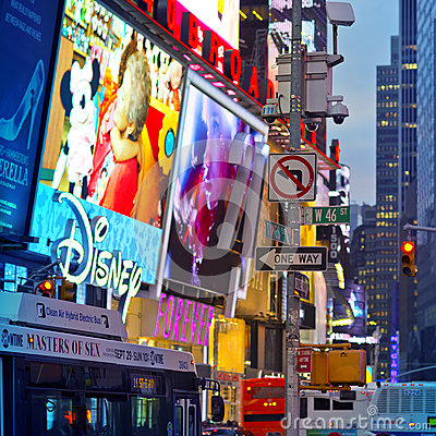 Free New York City Times Square Royalty Free Stock Image - 35328546