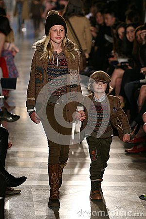 Free NEW YORK, NY - MAY 19: Models Walk The Runway At The Ralph Lauren Fall 14 Children S Fashion Show Royalty Free Stock Images - 40874899