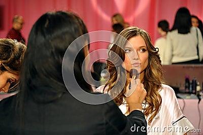 NEW YORK, NY - NOVEMBER 13:  Model Kasia Struss  prepare at the 2013 Victoria s Secret Fashion Show Editorial Image