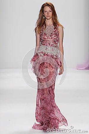 Free NEW YORK, NY - SEPTEMBER 09: A Model Walks The Runway At The Badgley Mischka Fashion Show Royalty Free Stock Photography - 46700197