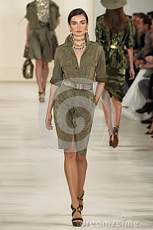 Free NEW YORK, NY - SEPTEMBER 11: A Model Walks The Runway At Ralph Lauren Spring 2015 Fashion Collection Royalty Free Stock Photography - 46529977