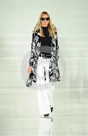 Free NEW YORK, NY - SEPTEMBER 12: A Model Walks The Runway At The Ralph Lauren Fashion Show Royalty Free Stock Photo - 35850285