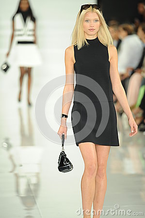 Free NEW YORK, NY - SEPTEMBER 12: A Model Walks The Runway At The Ralph Lauren Fashion Show Royalty Free Stock Photos - 35850328