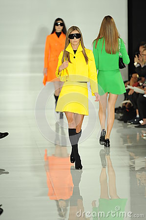 Free NEW YORK, NY - SEPTEMBER 12: A Model Walks The Runway At The Ralph Lauren Fashion Show Royalty Free Stock Images - 35850399