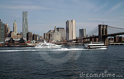 New Yorks Busy East River USA