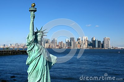 New York: Statue of Liberty, Manhattan skyline